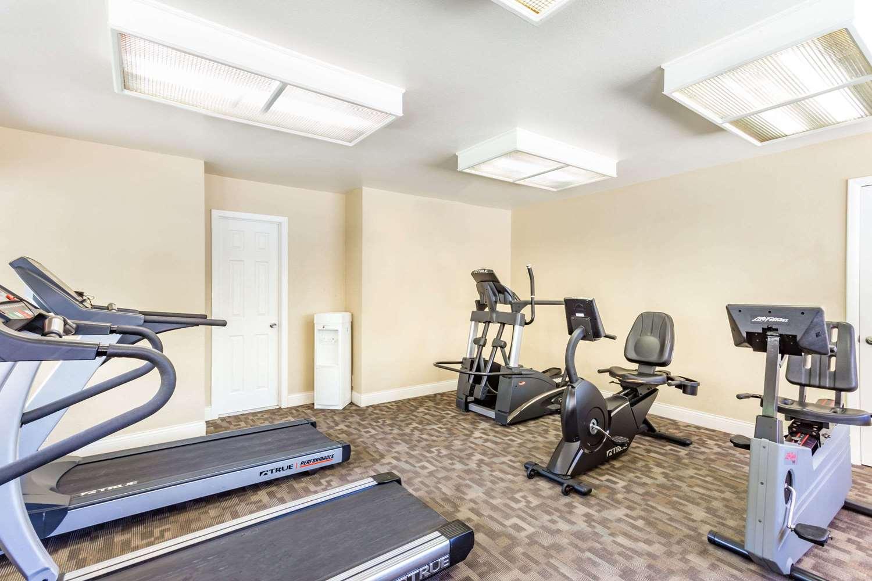 Fitness/ Exercise Room - Days Inn Mesa