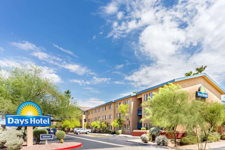 Exterior view - Days Inn Mesa