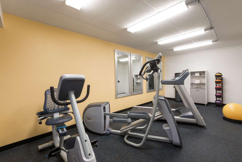 Fitness/ Exercise Room - Days Inn Harmarville