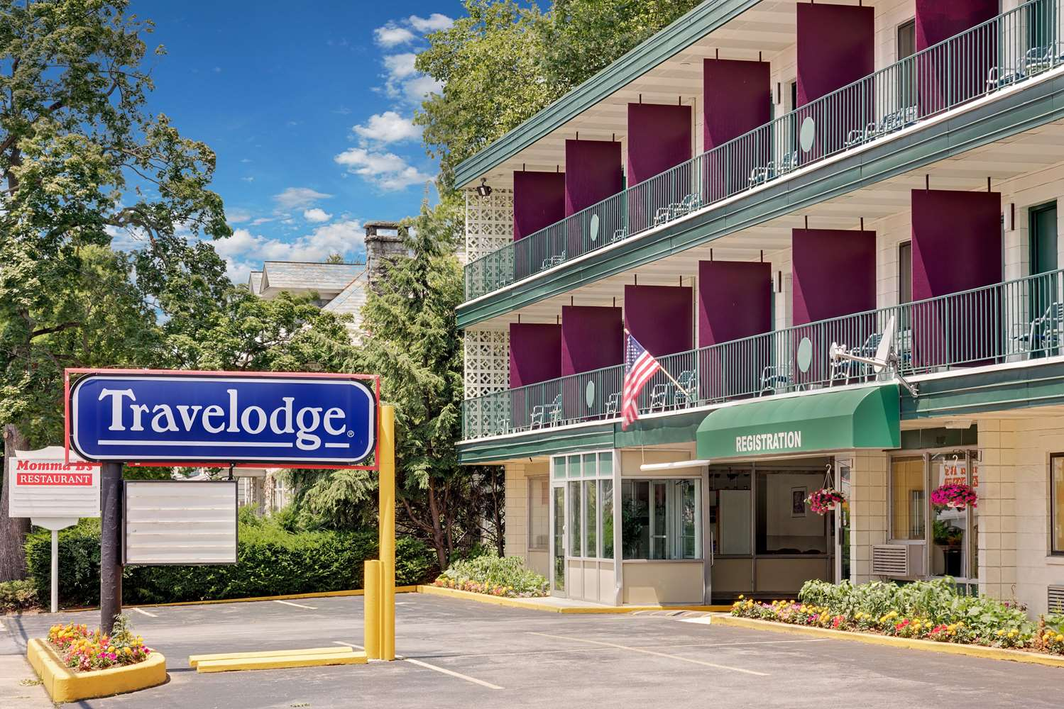 Exterior view - Travelodge Chambersburg