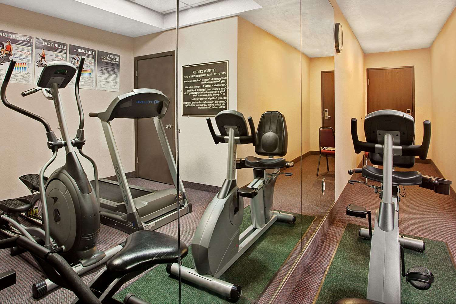 Fitness/ Exercise Room - Ramada Limited Jackson Airport Pearl
