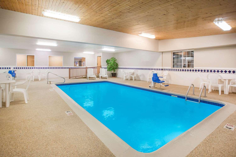 Pool - Ramada Limited Hotel Spirit Lake