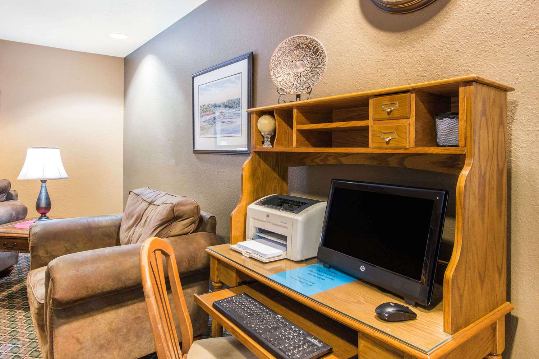 Conference Area - Ramada Limited Hotel Spirit Lake