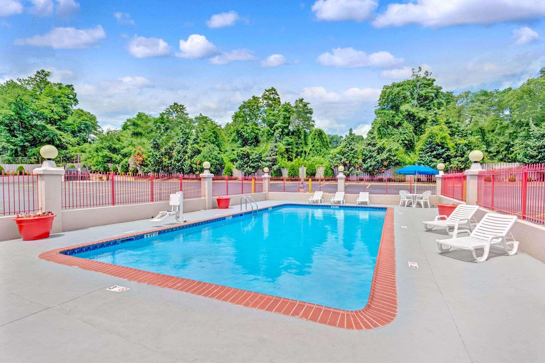 Pool - Ramada Hotel Catonsville