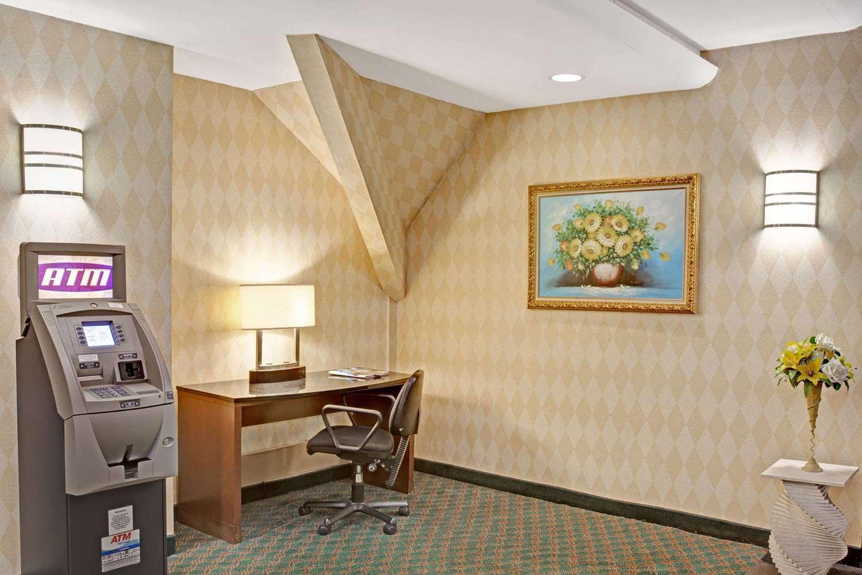 Conference Area - Ramada Hotel Parsippany