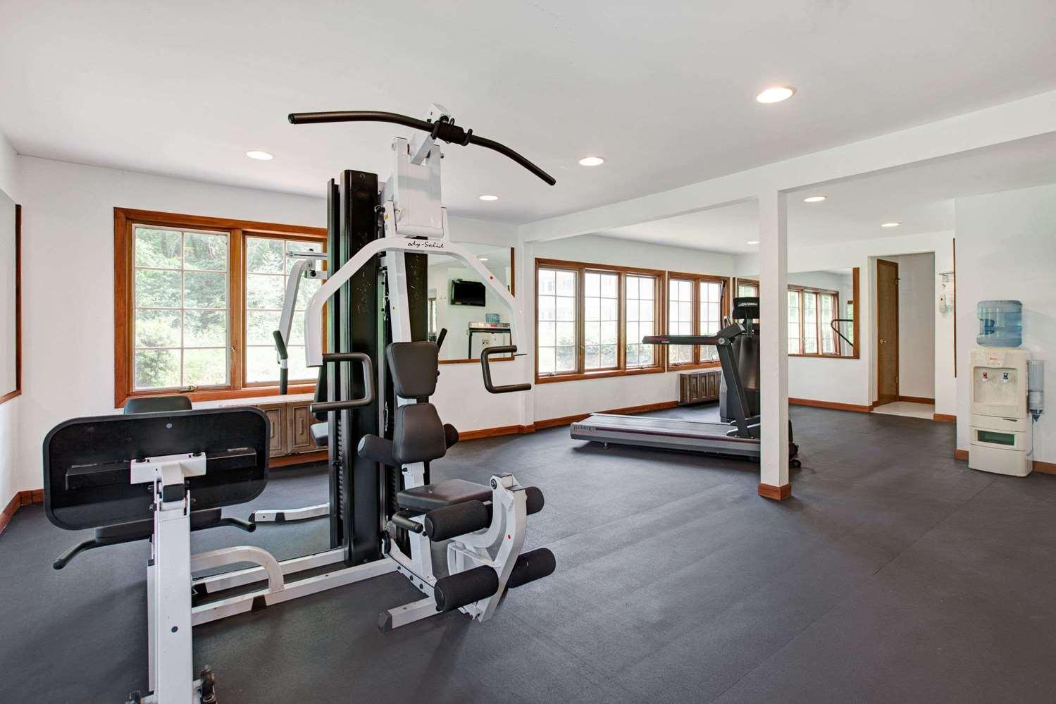 Fitness/ Exercise Room - Ramada Inn Flemington