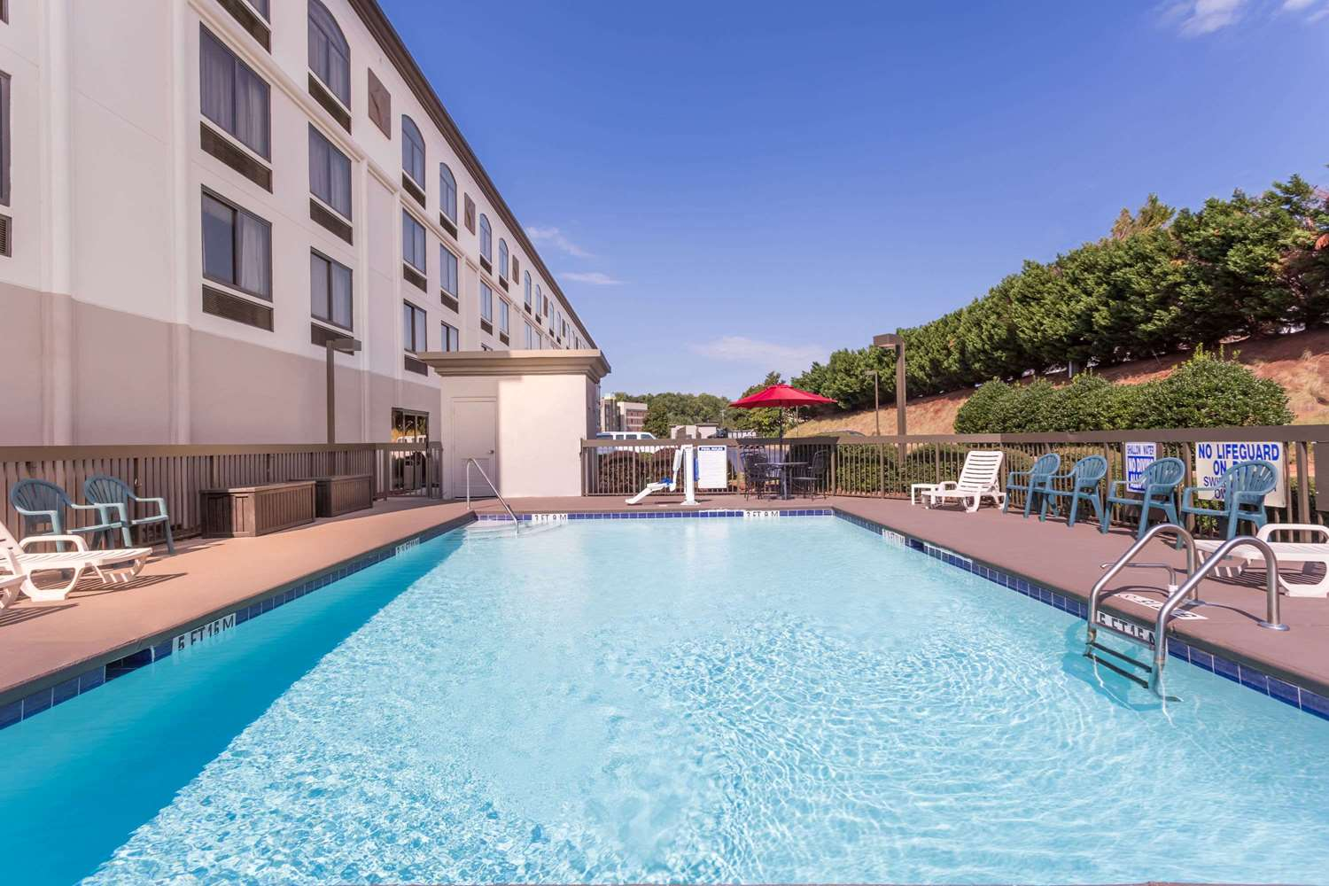 Pool - Wingate by Wyndham Hotel Airport Greenville