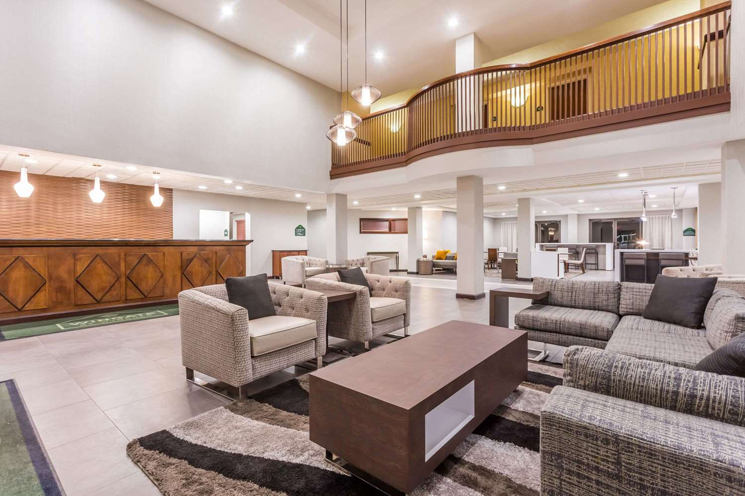 Lobby - Wingate by Wyndham Hotel Airport Greenville