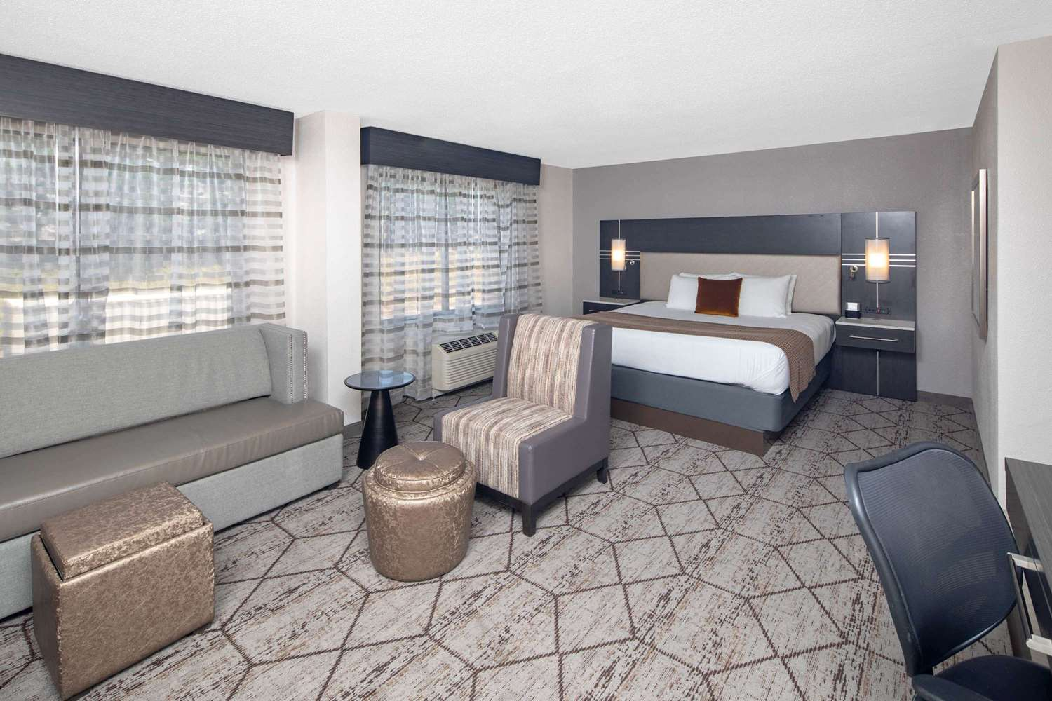 Suite - Wingate by Wyndham Hotel Airport Greenville