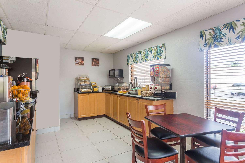 proam - Days Inn I-75 Sarasota