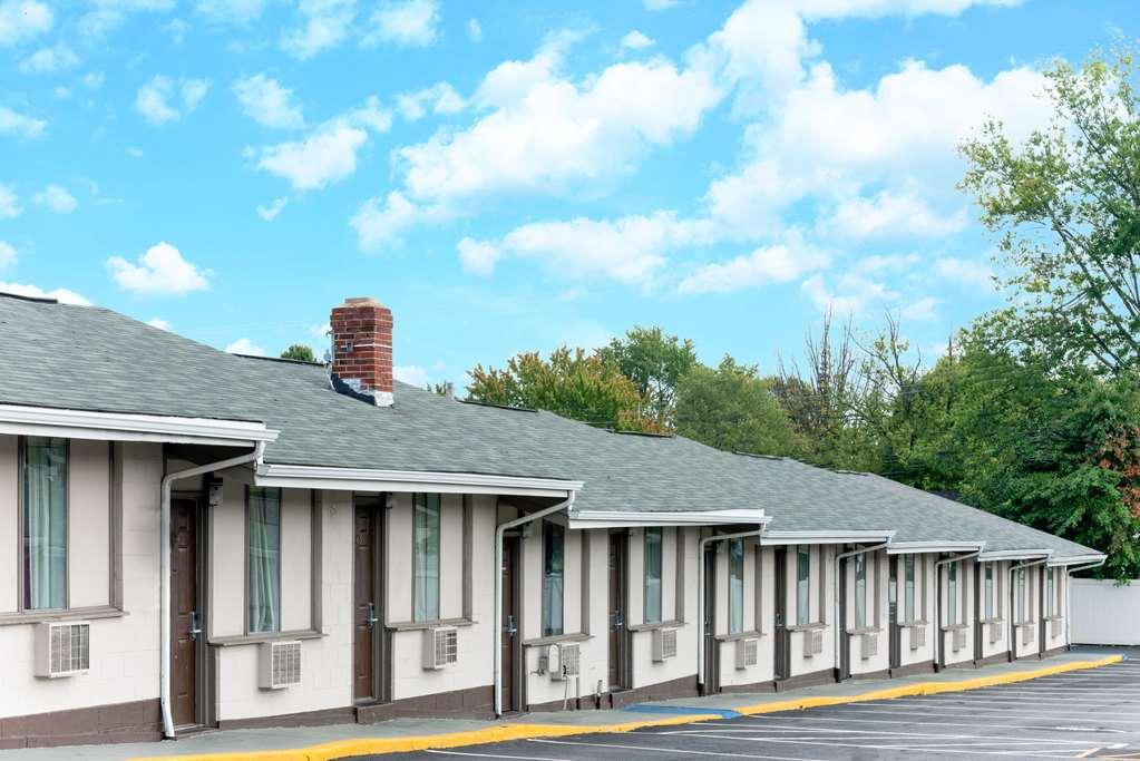 Knights Inn Trevose/Bucks County