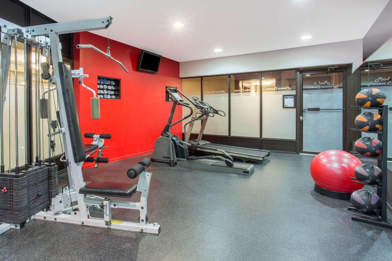Fitness/ Exercise Room - Ramada Hotel Kelowna