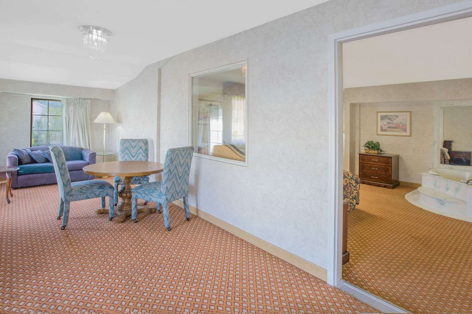 Suite - Days Inn Port Huron