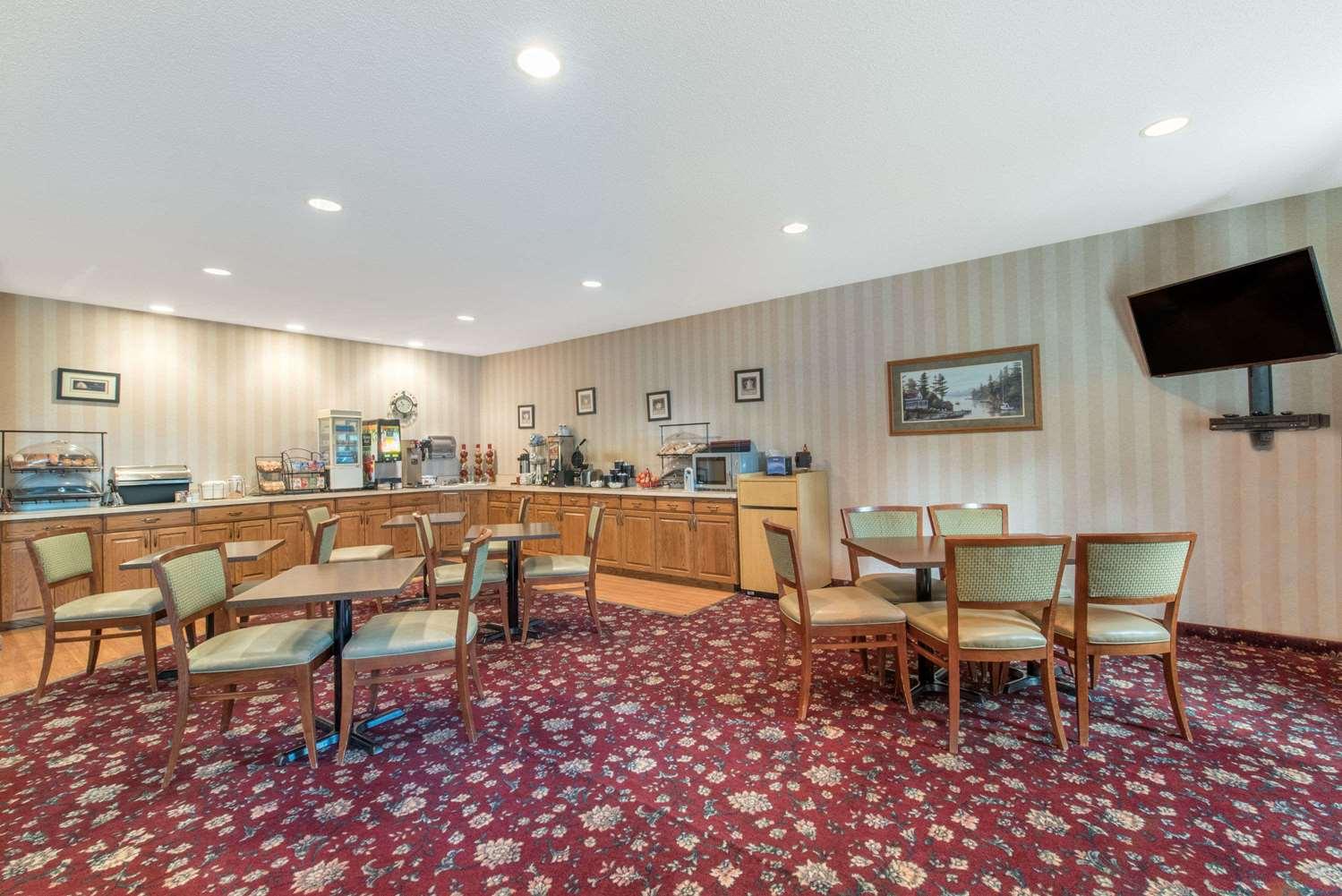 proam - Ramada Limited Hotel Northeast Bismarck
