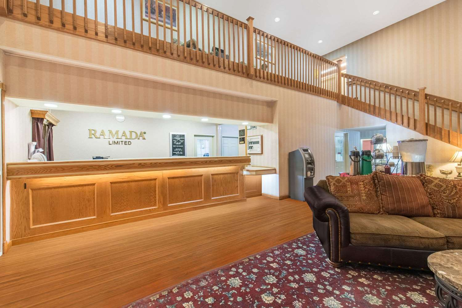Lobby - Ramada Limited Hotel Northeast Bismarck