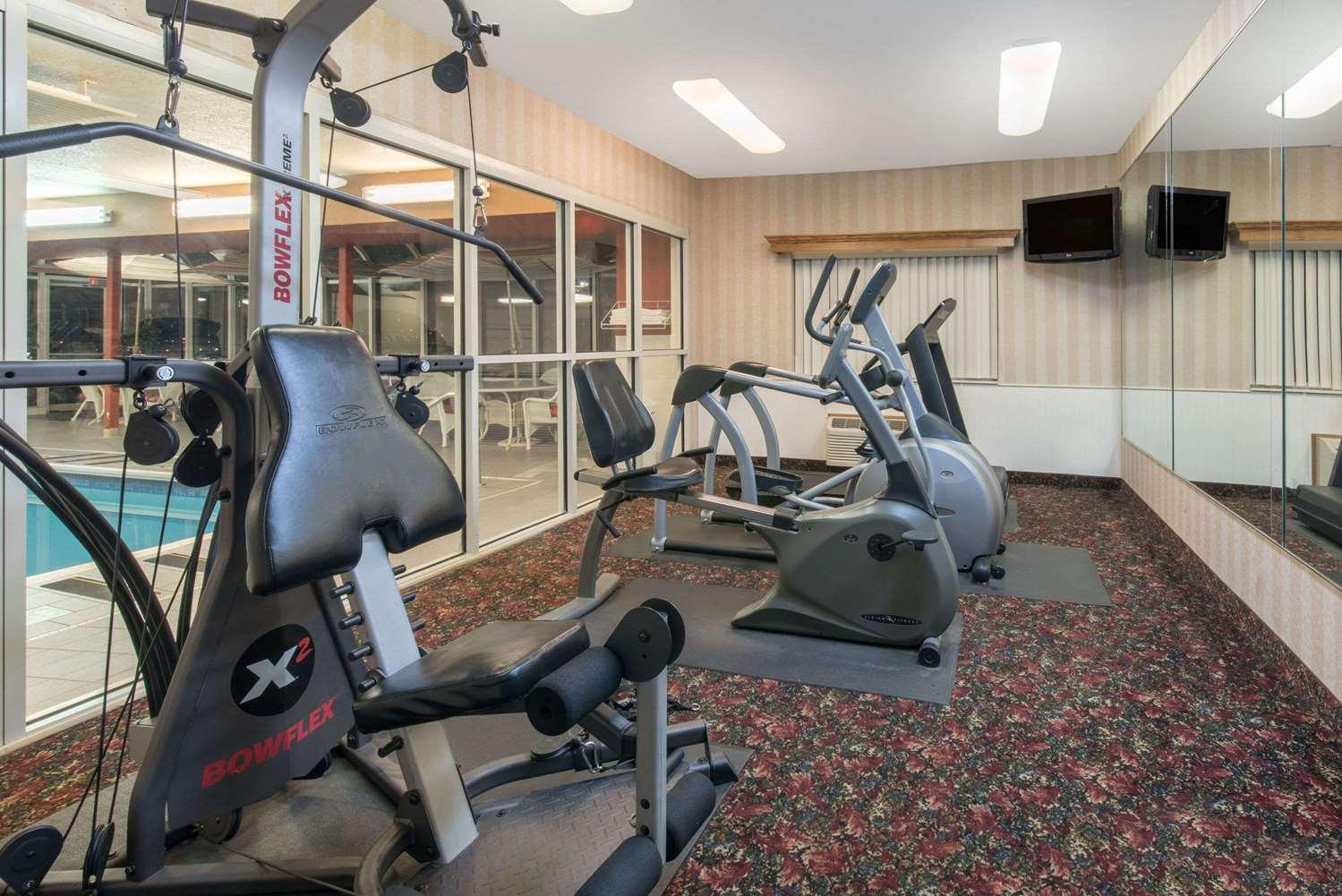 Fitness/ Exercise Room - Ramada Limited Hotel Northeast Bismarck