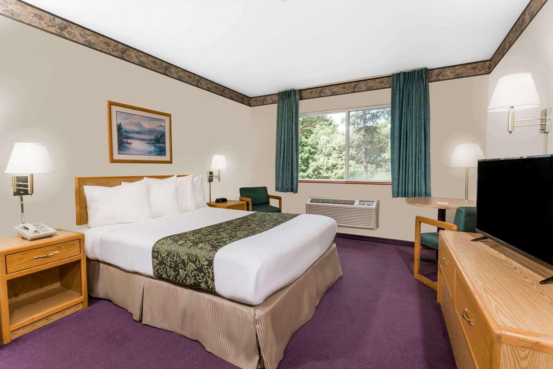 Room - Days Inn Ocean Shores