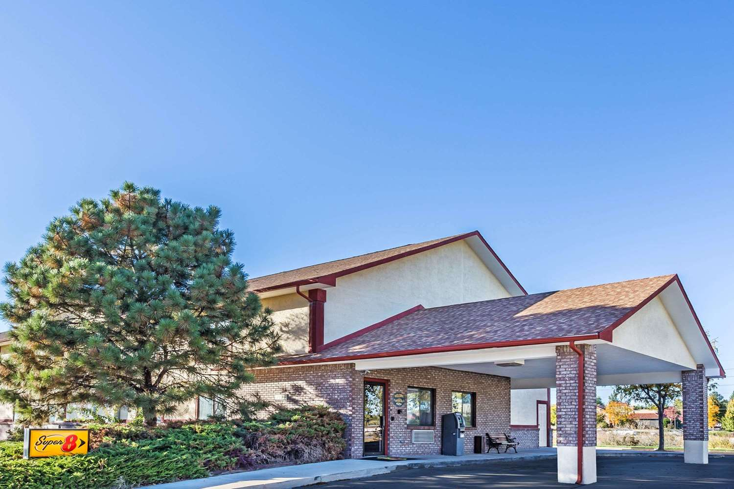Exterior view - Super 8 Hotel Greeley