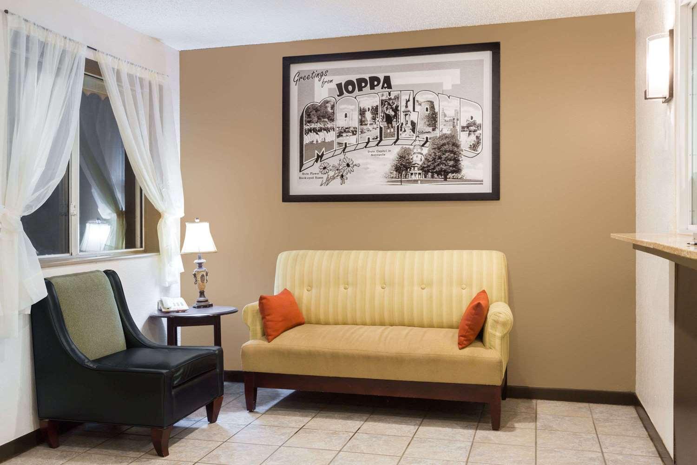 Lobby - Super 8 Motel Joppa