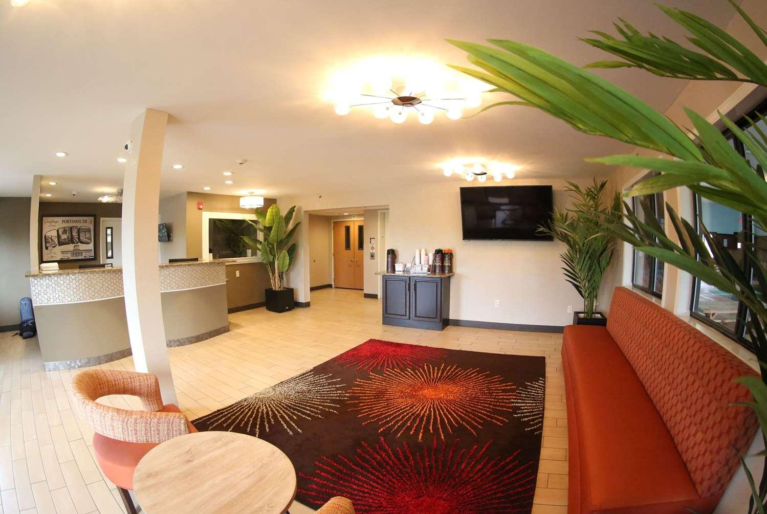 Lobby - Super 8 Hotel Portsmouth