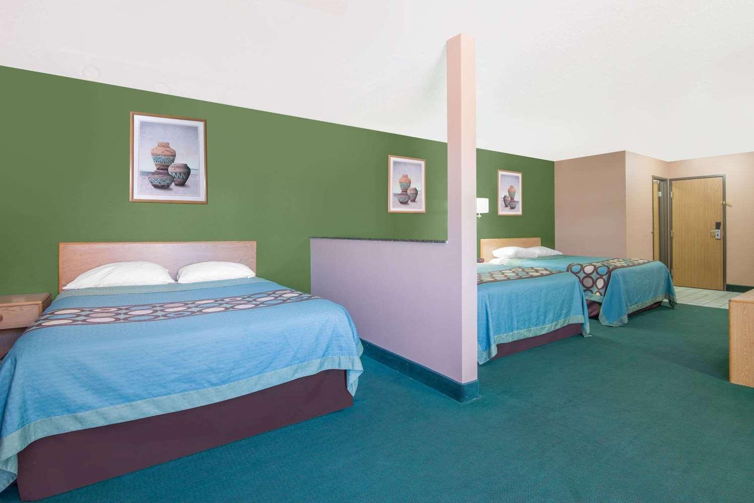 Room Super 8 Hotel Fort Sumner
