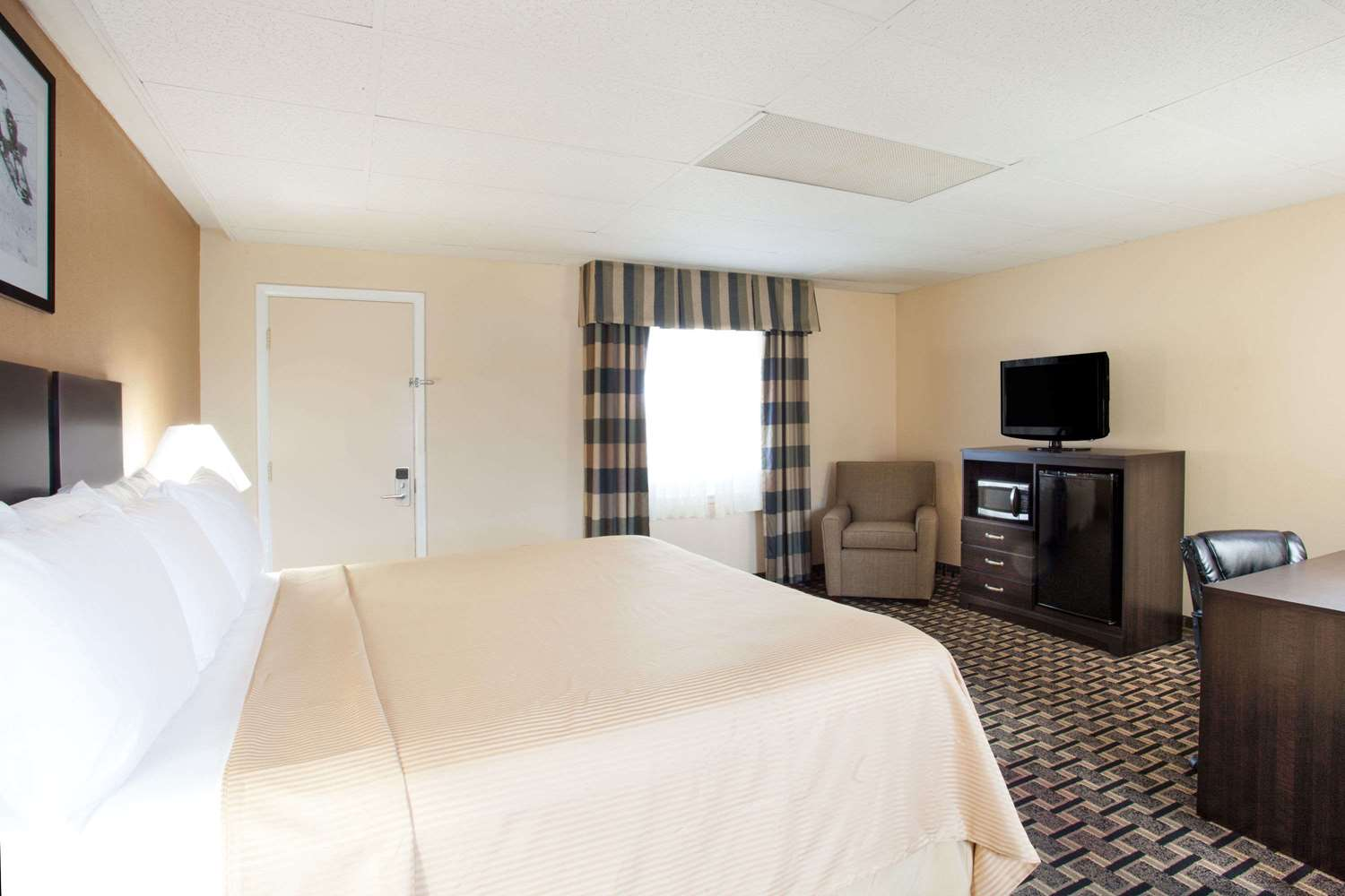 Suite - Travelodge South Burlington