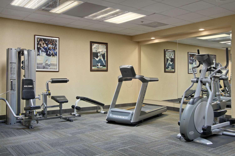 Fitness/ Exercise Room - Days Inn Camden Yards Baltimore
