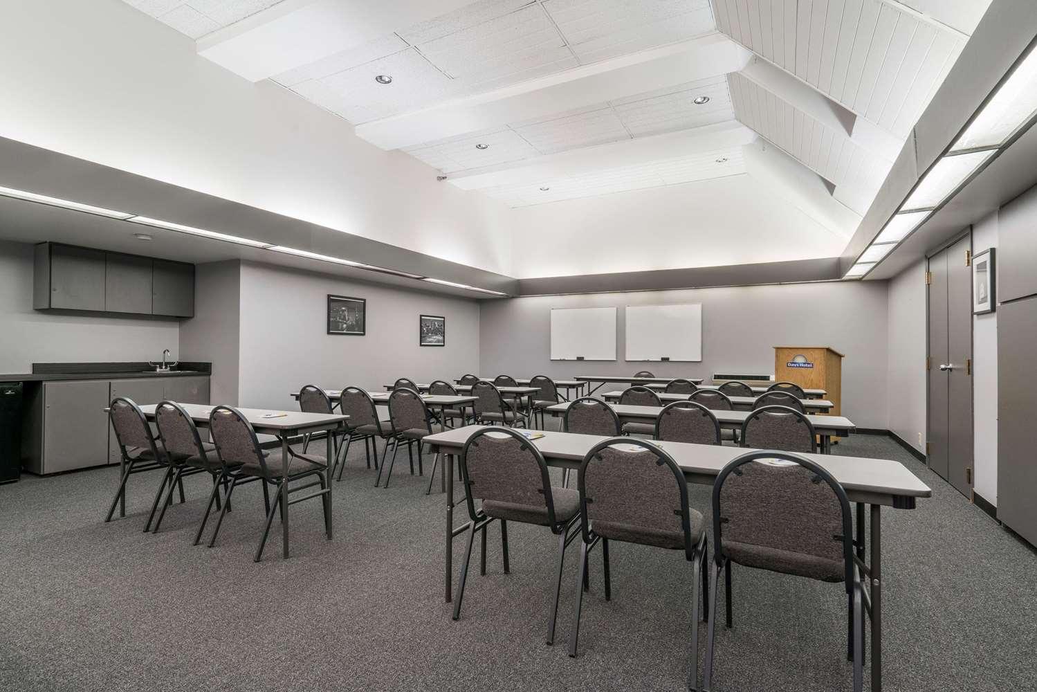 Meeting Facilities - Days Inn University Avenue Southeast Minneapolis