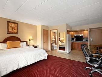 Suite - Days Inn Butler