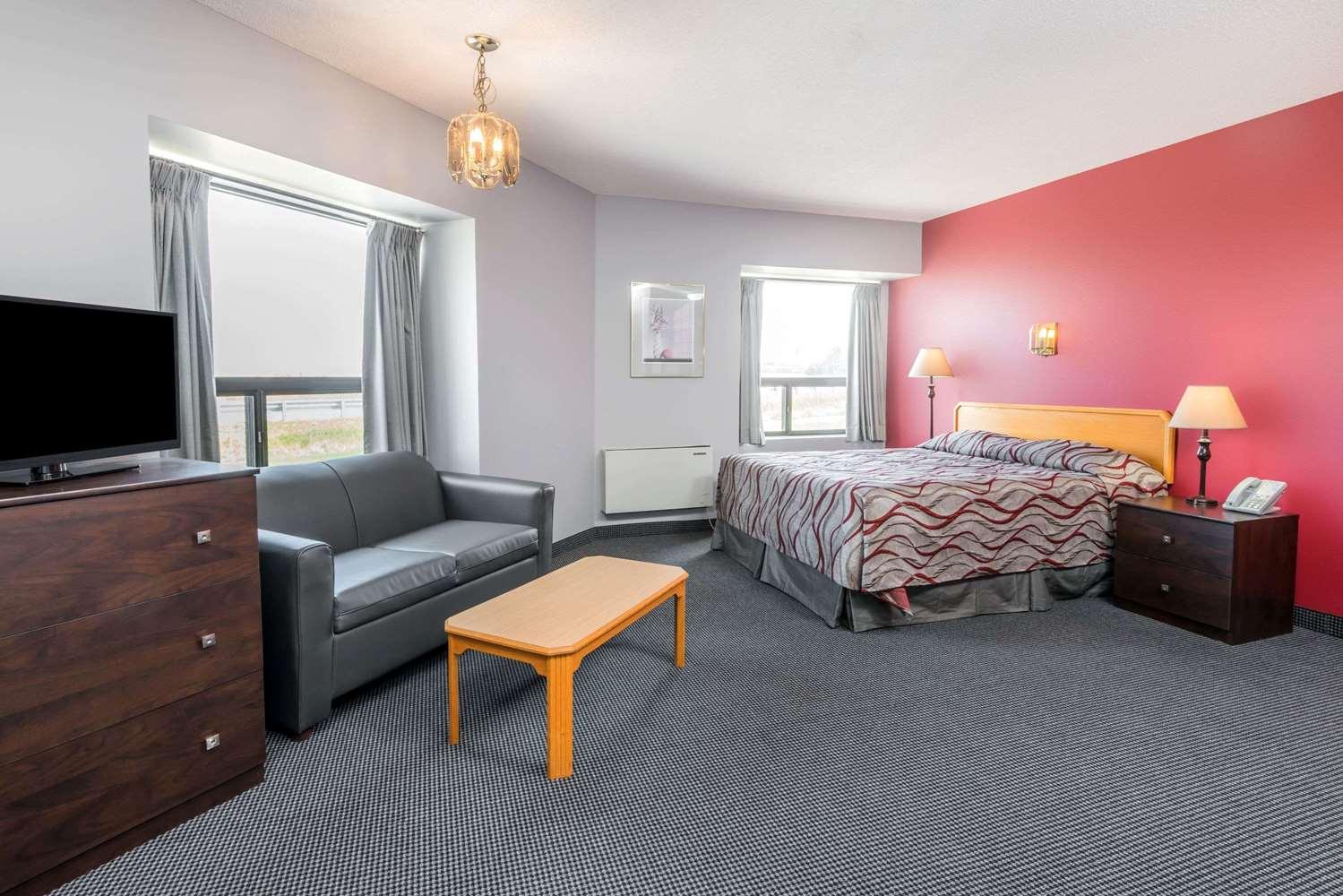Room - Super 8 Hotel Mt Hope