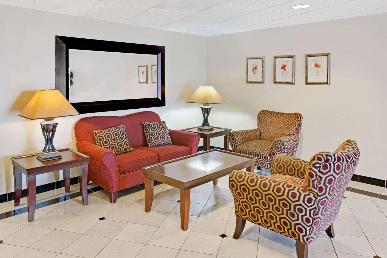 Lobby - Days Inn & Suites Laurel