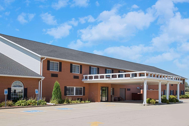 Exterior view - Super 8 Hotel New Hampton
