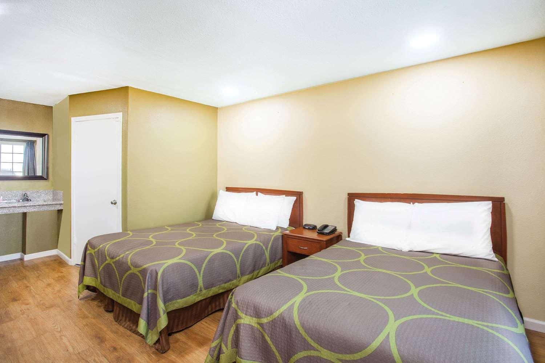 Super 8 Hotel Redlands, CA - See Discounts