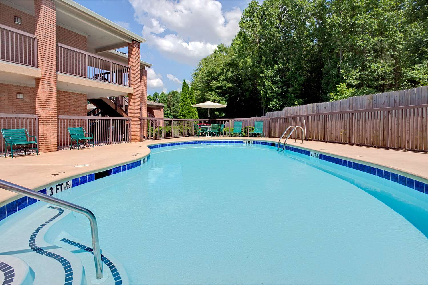 Pool - Super 8 Hotel Acworth