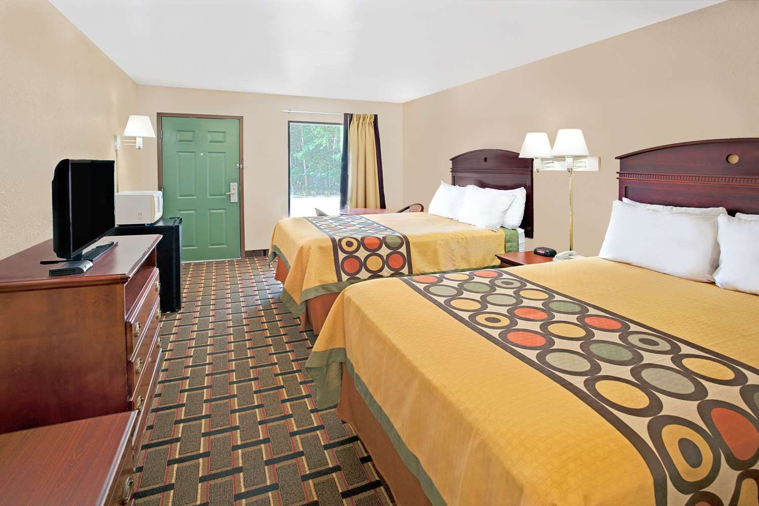 Room - Super 8 Hotel Acworth