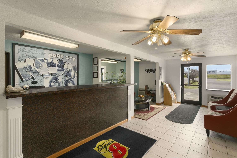 Lobby - Super 8 Hotel Park City