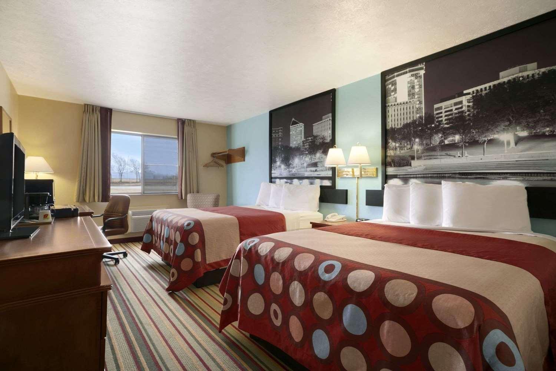 Room - Super 8 Hotel Park City