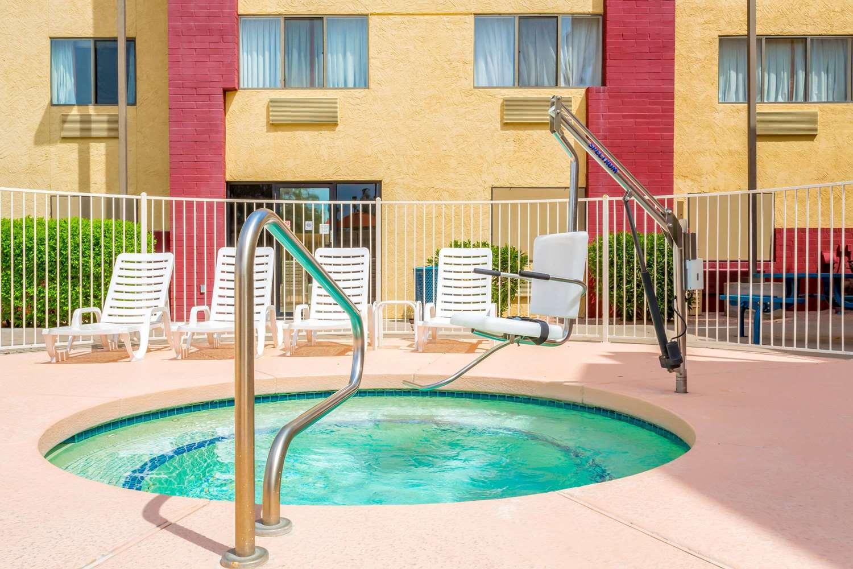 proam - Super 8 Hotel Gilbert Road Mesa
