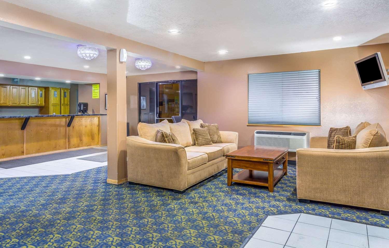 Lobby - Super 8 Hotel Gilbert Road Mesa