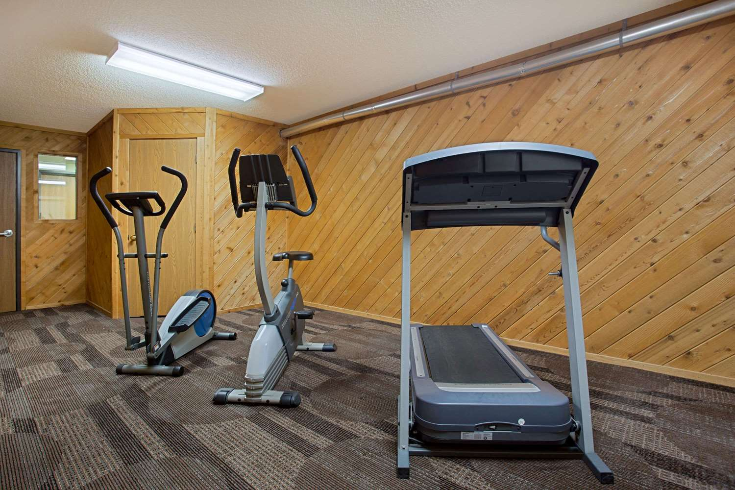 Fitness/ Exercise Room - Super 8 Hotel Charles City