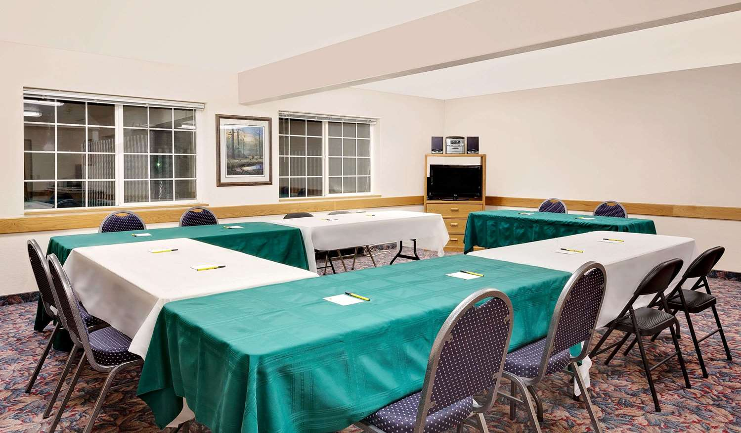 Meeting Facilities - Super 8 Hotel Battle Mountain