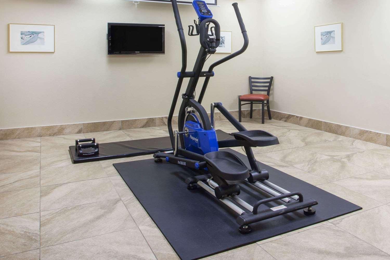 Fitness/ Exercise Room - Super 8 Hotel Fernie