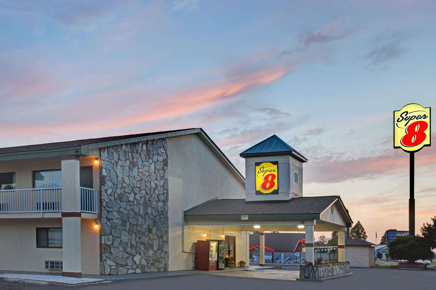 Exterior view - Super 8 Hotel Shelby