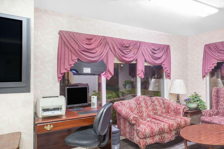 Conference Area - Super 8 Hotel Priceville