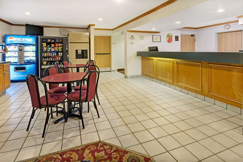 Lobby - Super 8 Hotel Canonsburg