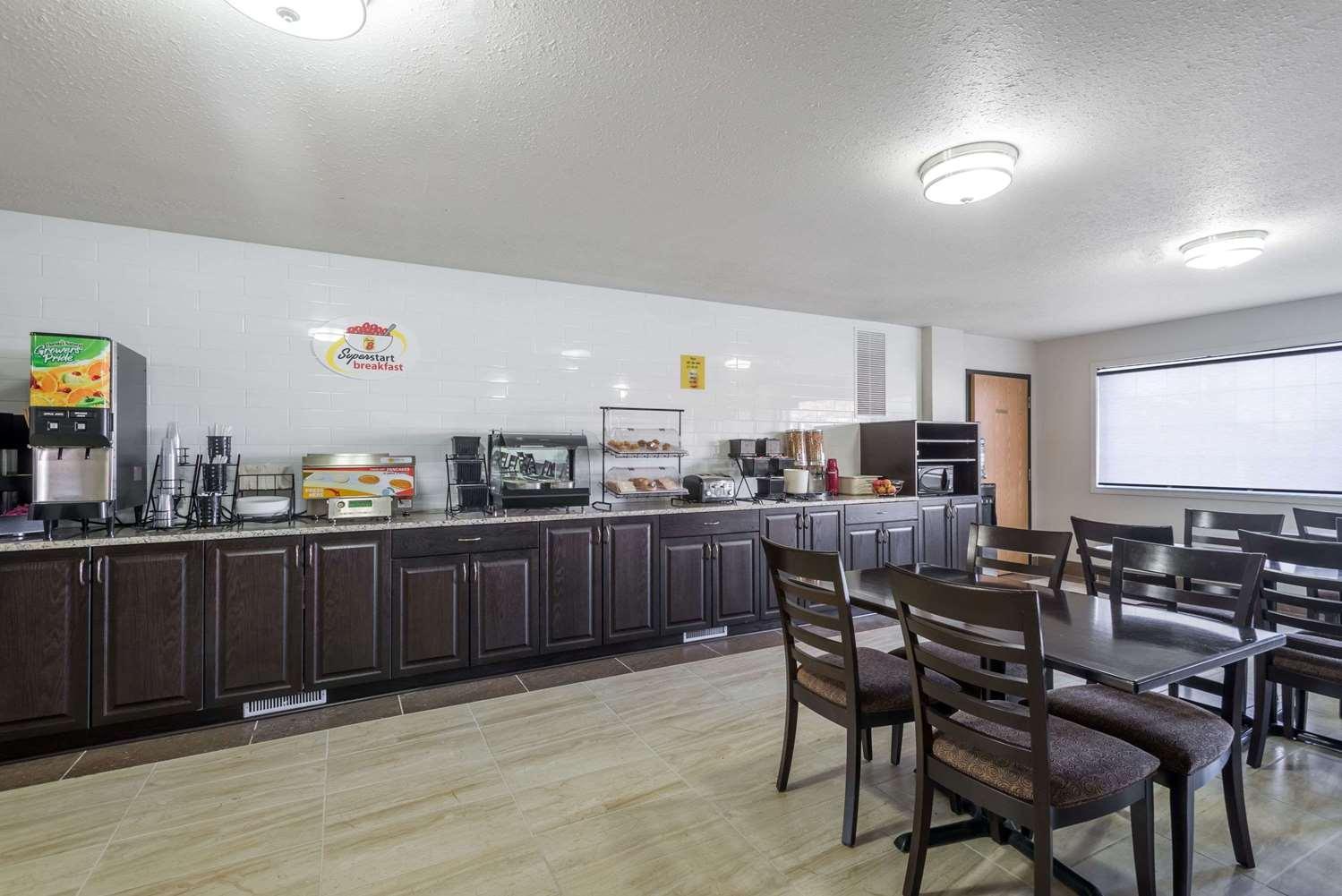 proam - Super 8 Hotel Grande Prairie