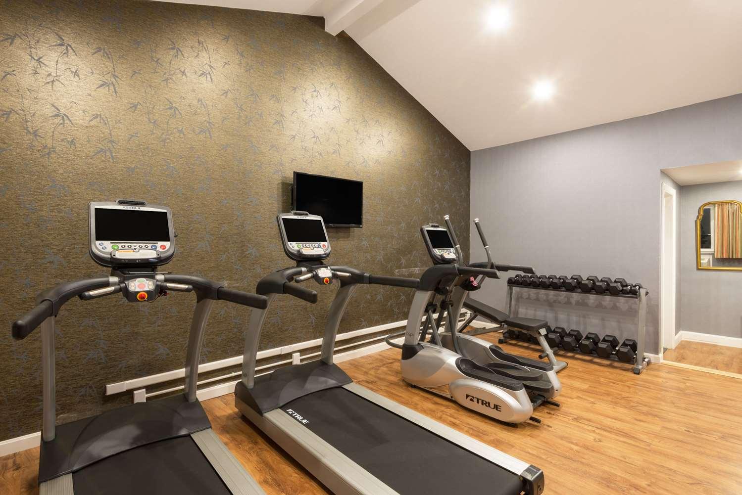 Fitness/ Exercise Room - Super 8 Hotel Sturbridge
