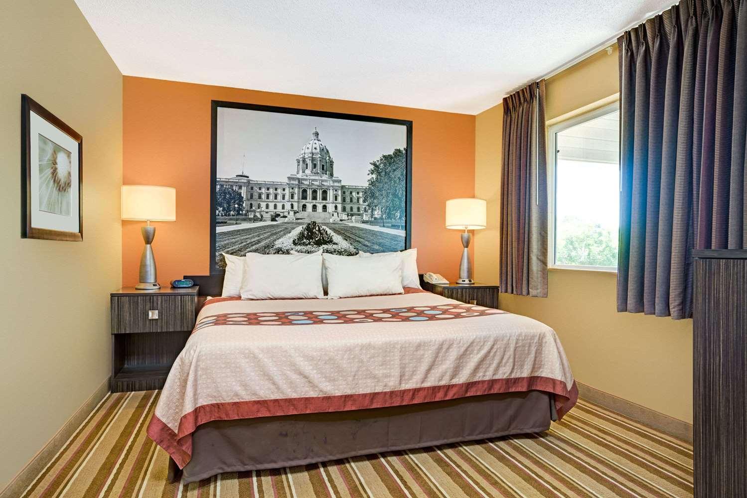 Room - Super 8 Hotel Blaine