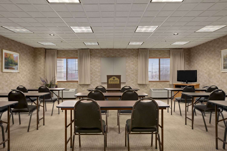 Meeting Facilities - Wingate by Wyndham Hotel Pueblo