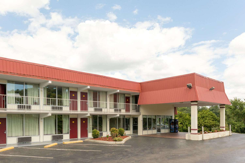 Exterior view - Super 8 Hotel I-85 Kingsport